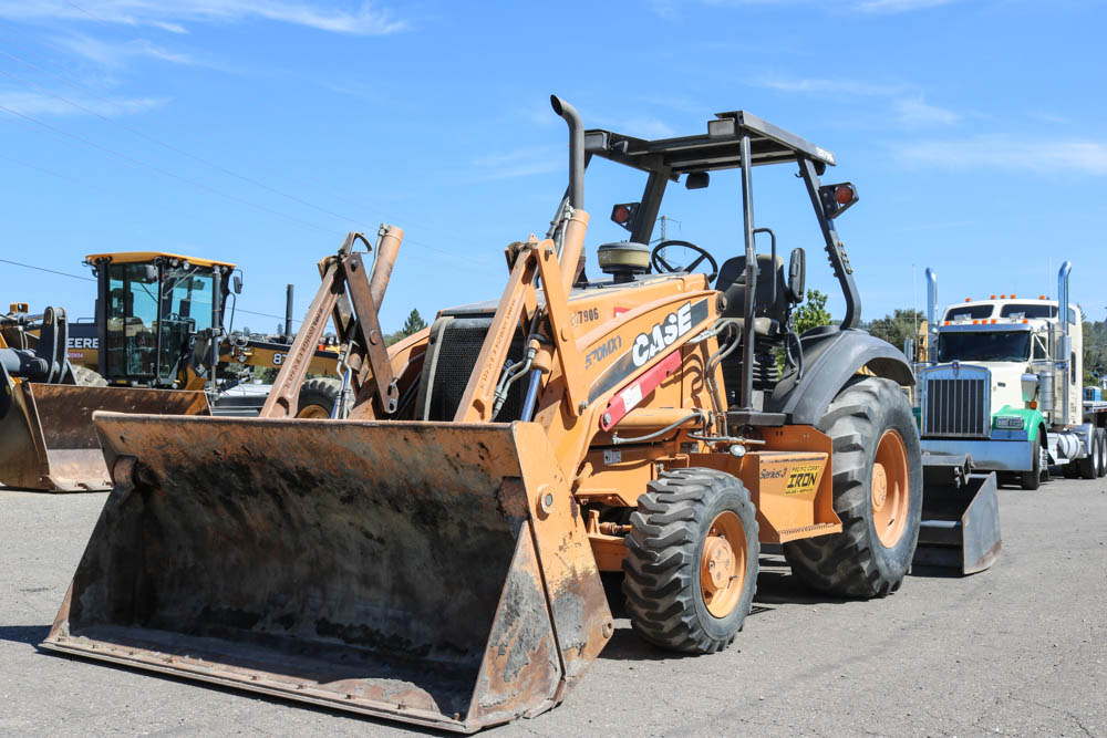 2011 CASE 570MXT SKIP LOADER FOR SALE
