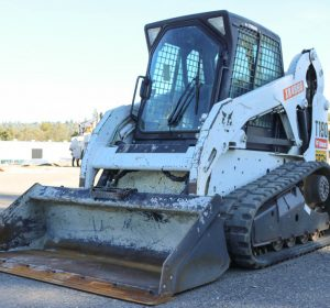 2011_bobcat_t190_skid_steer