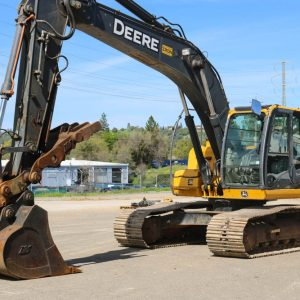 2011_DEERE_200D_EXCAVATOR_FOR_SALE