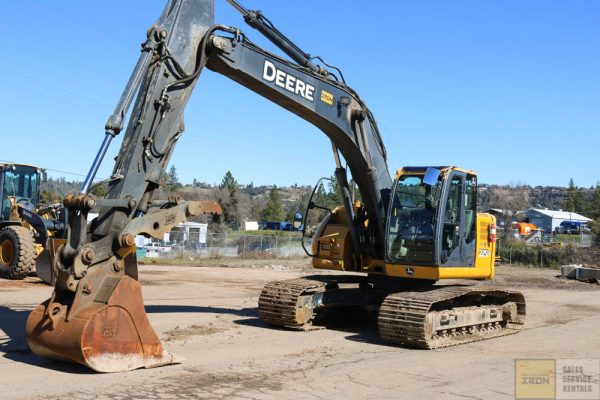 2012_DEERE_225D_EXCAVATOR_FOR SALE