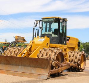 2013_CAT_815F2_COMPACTOR_FOR_SALE